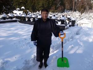 高野山で雪かき